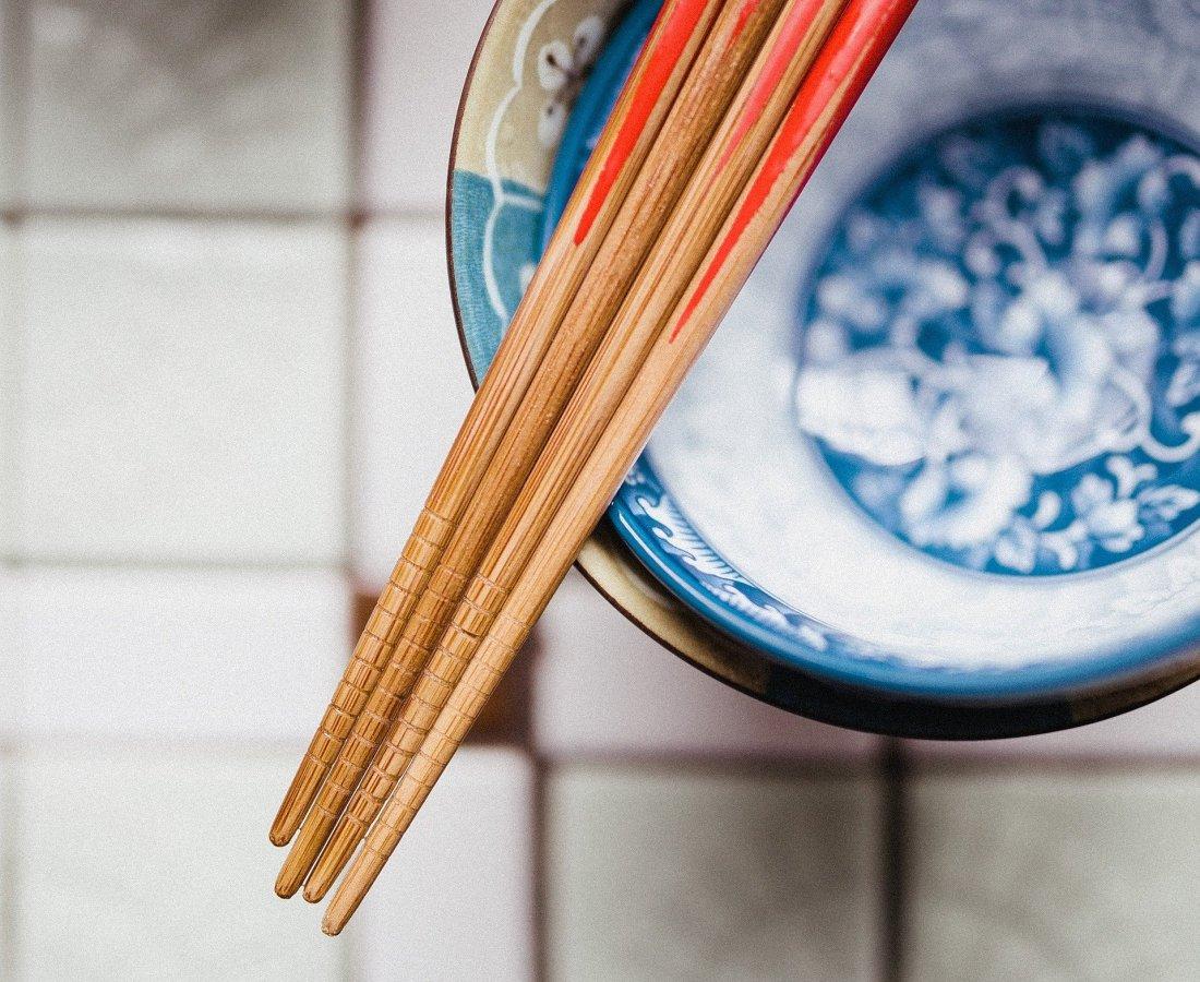chopsticks-932834_1920